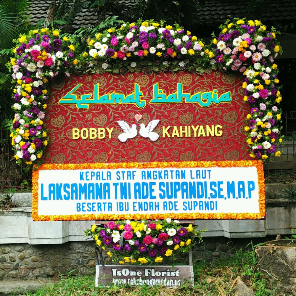 Karangan Nunga Papan Wedding di Komplek Tasbi Medan